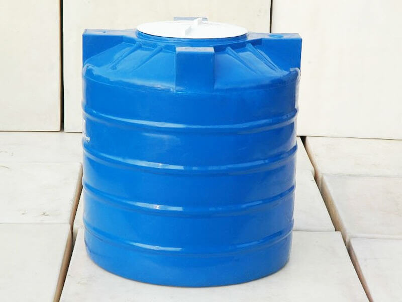 تنظيف وتعقيم خزان المياه