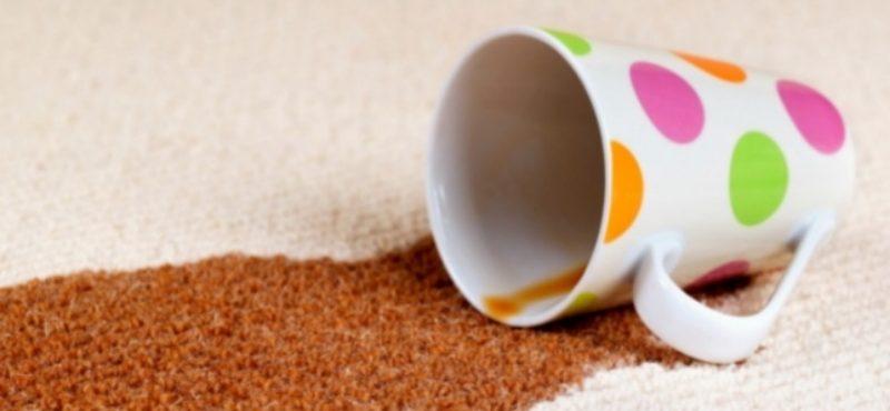 طرق تنظيف بقع القهوة من السجاد