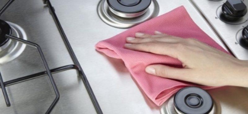 5 طرق لتنظيف البوتاجاز من الدهون