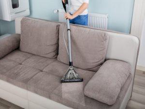 تنظيف الكنبات بالمنزل